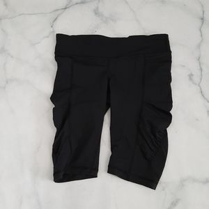 Lululemon Run: Zoom Knee Shorts Black Size 6